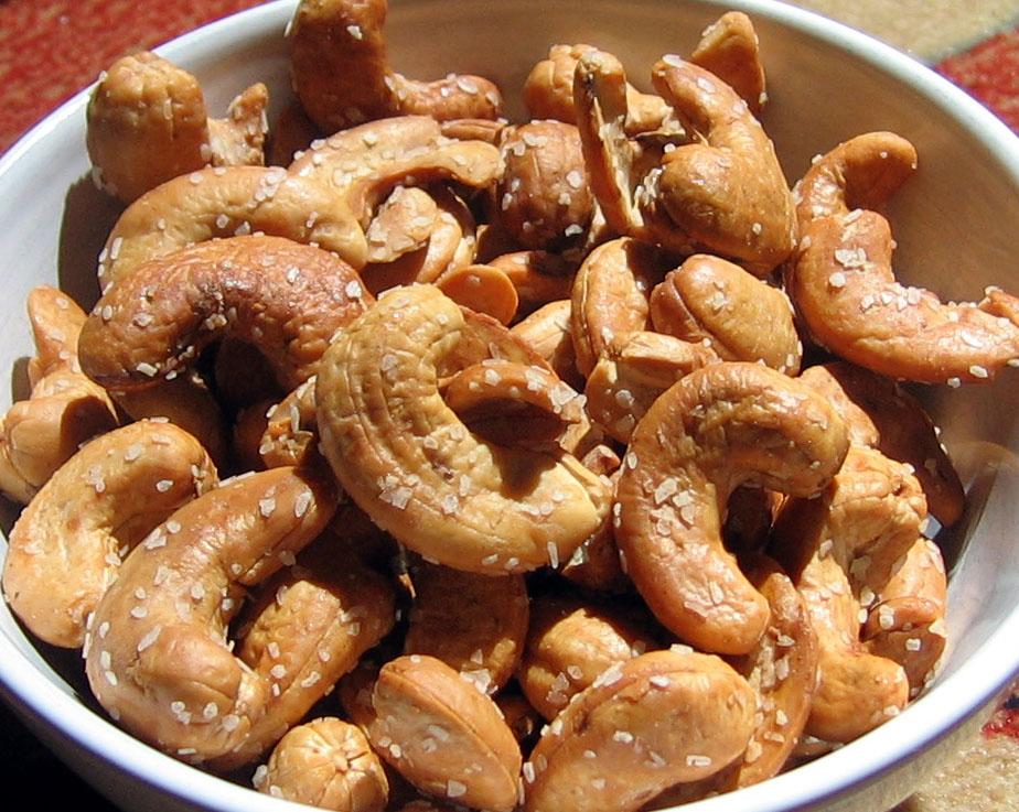cashews3