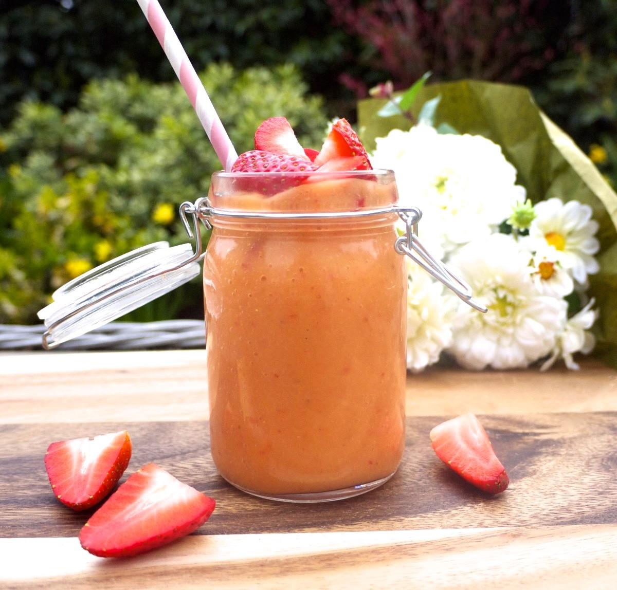 Mango-Strawberry Glow