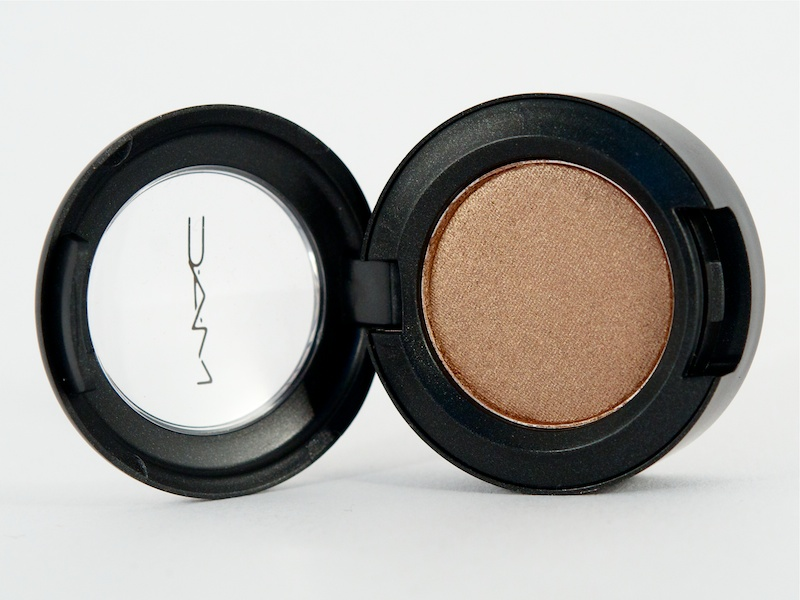 MAC-Eyeshadow-in-Woodwinked