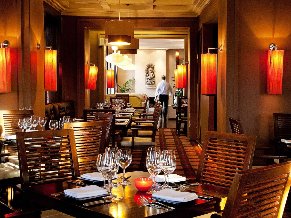 rasam-restaurant-tables