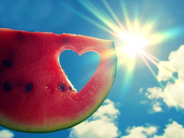 kids-myshot-watermelon-heart_55878_600x450