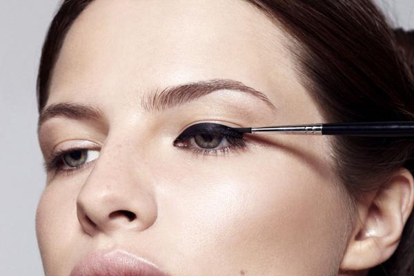 Best-Liquid-Eyeliner2