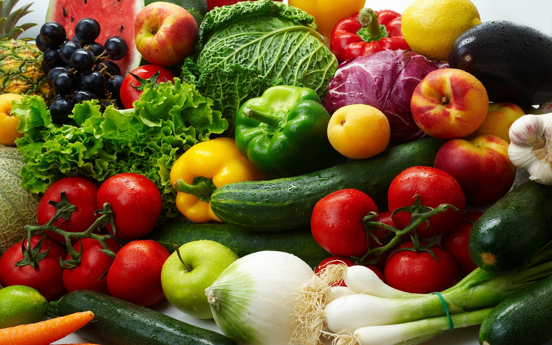 variety-of-colorful-vegetables-106968