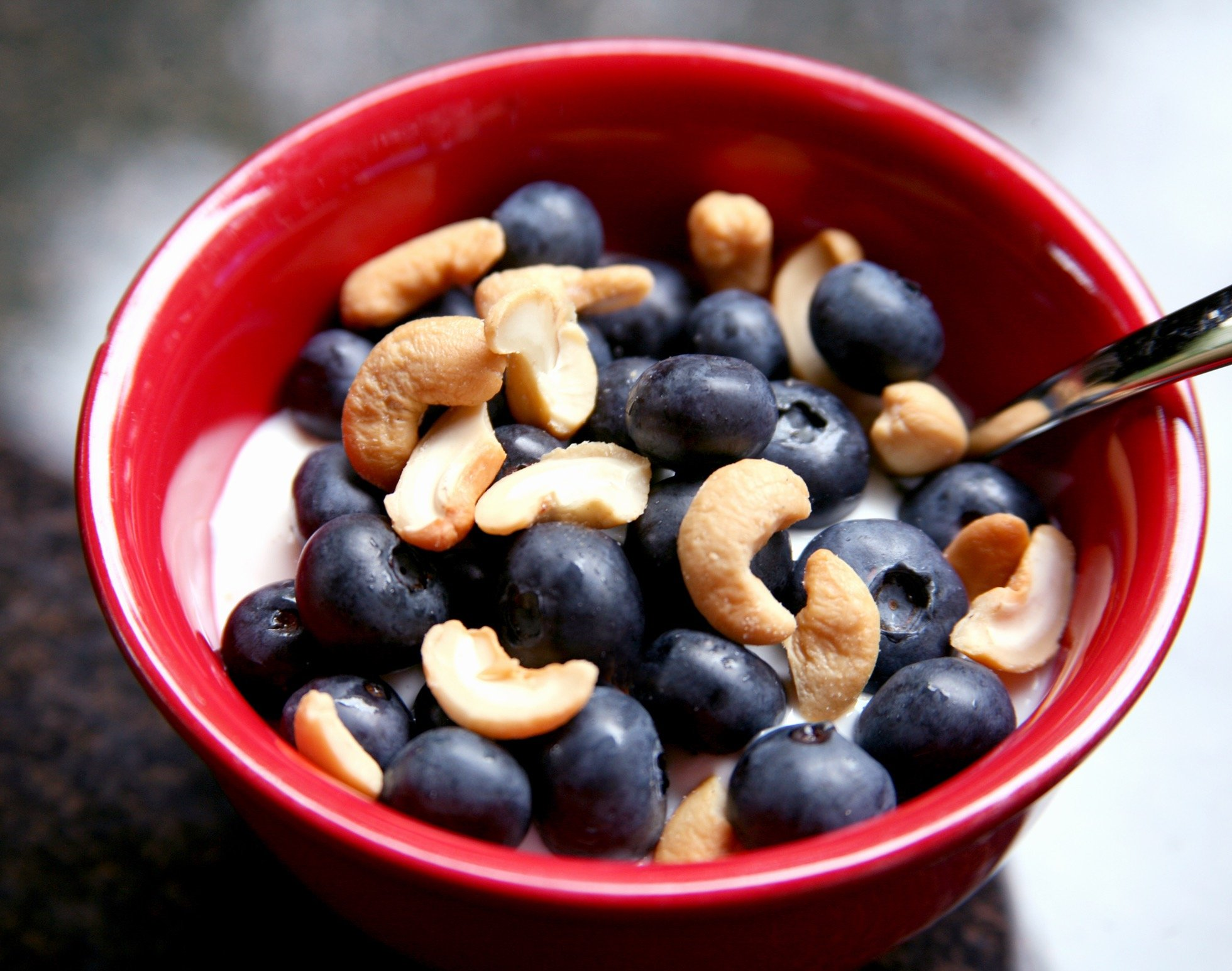 Yogurt-Fruit-Nuts