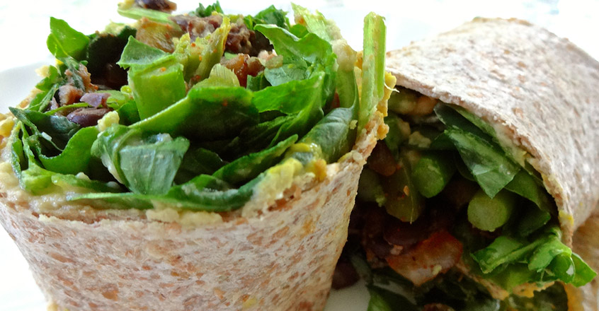 recipe-salad-wrap-beans-greens