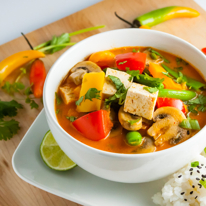 Thai-Red-Curry-with-Vegetables-and-Tofu-Square