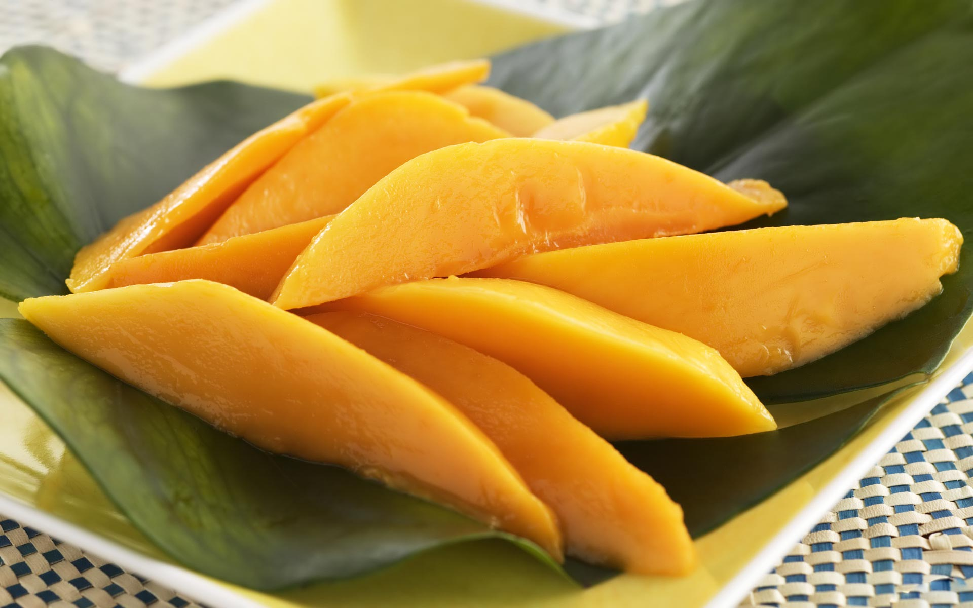 desktop-cartoon-pictures-of-mango-download