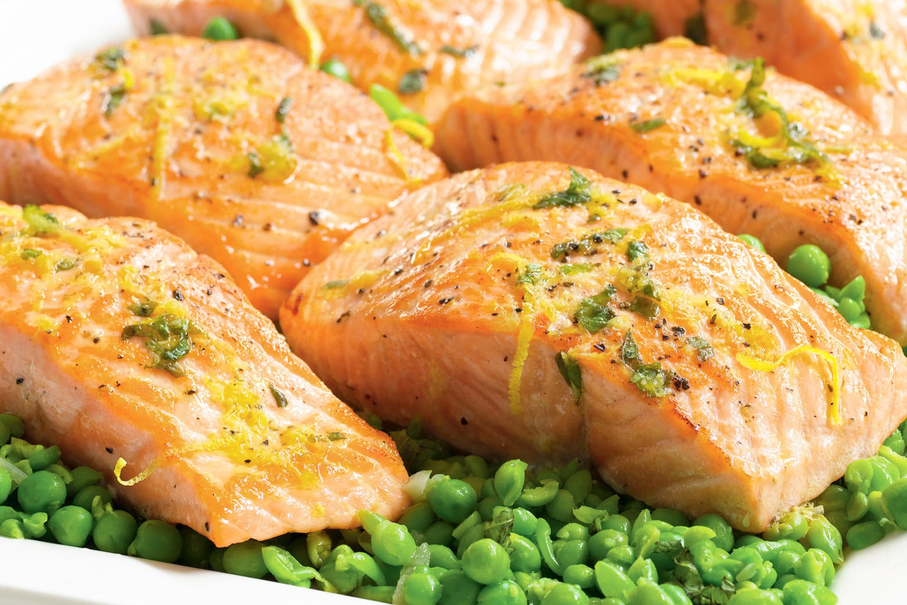 pan-seared-salmon-with-smashed-peas-89698-1