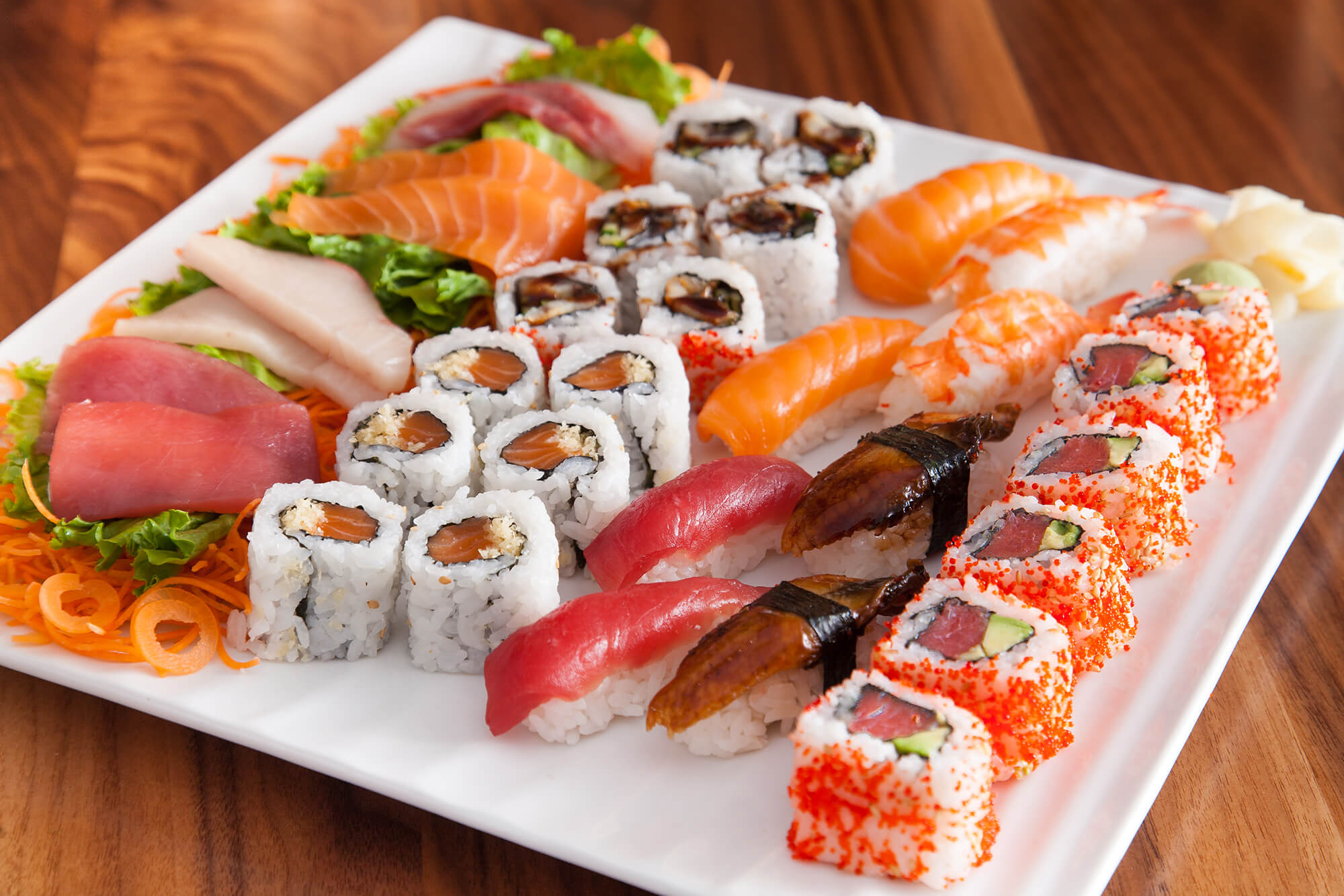 sushi_and_sashimi_for_two