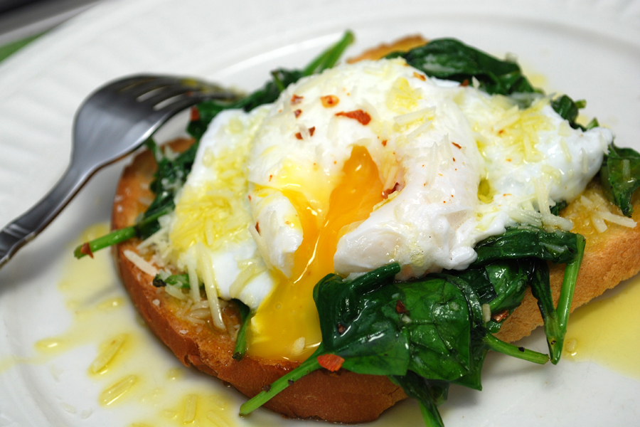 209-spinach-poached-egg