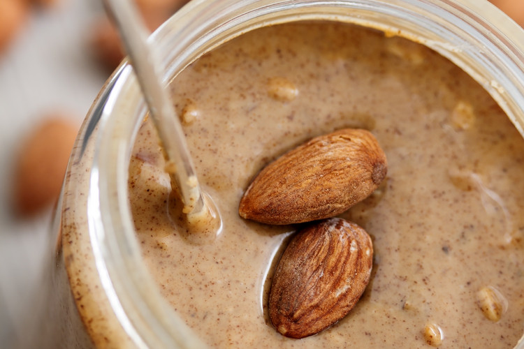 Clean-Eating-Almond-Butter