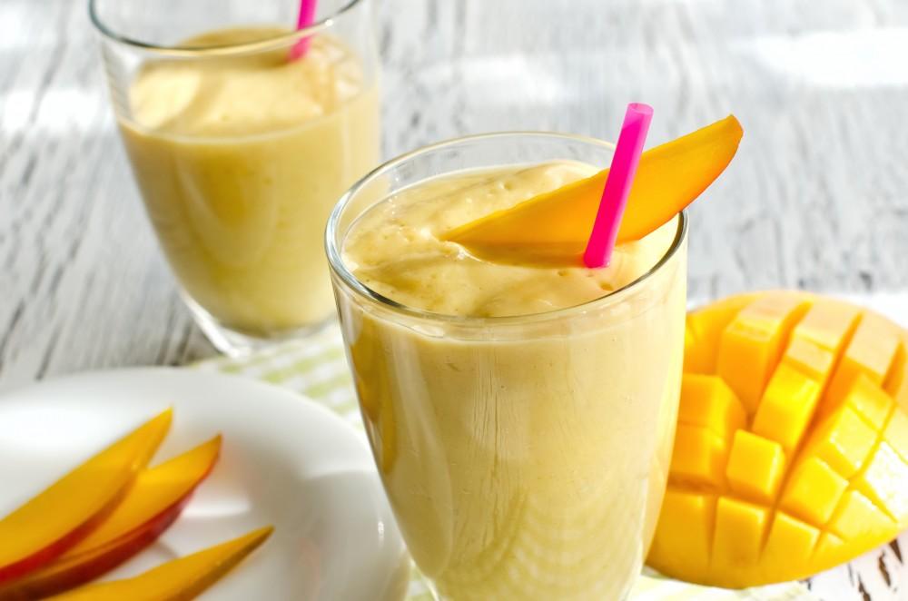 mango-smoothie-e1462809711712