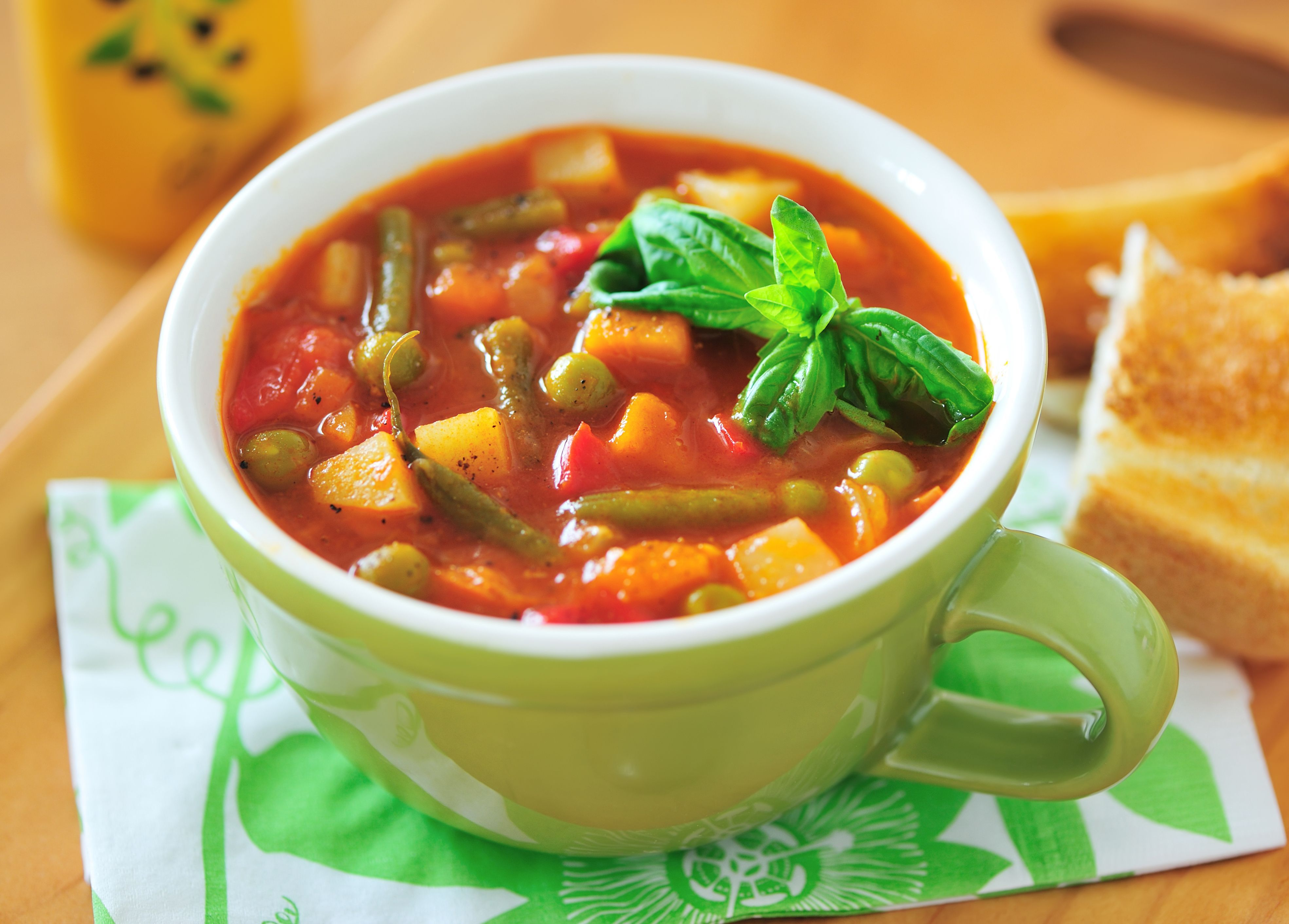 close-up-of-a-cup-of-minestrone-soup-170619278-588b932a5f9b5874ee58ac21