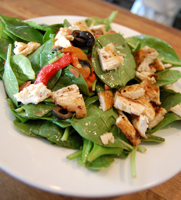 spinach salad grilled chicken breast roasted peppers balsamic dressing los angeles lunch spot