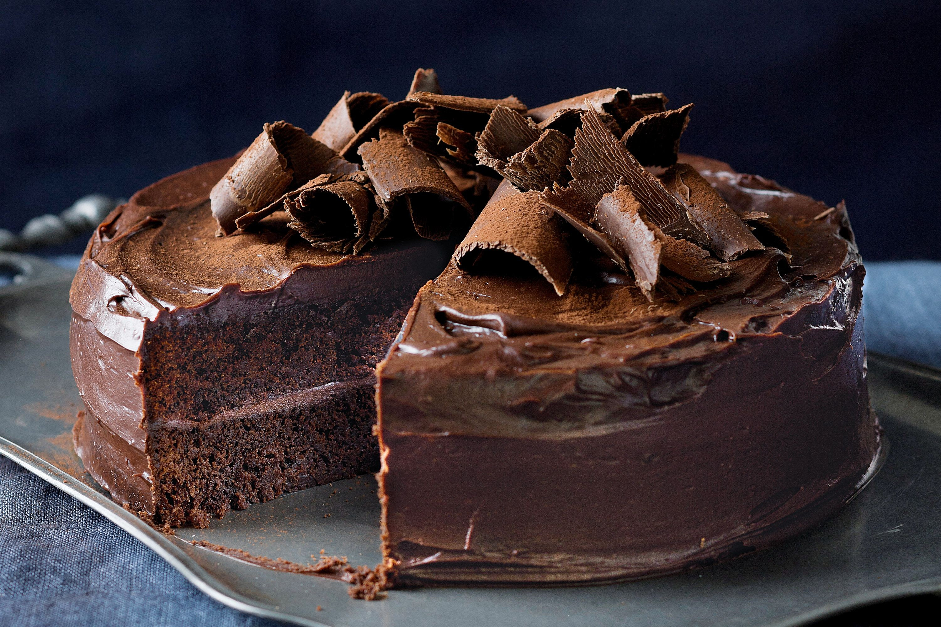favourite-chocolate-cake-60559-1