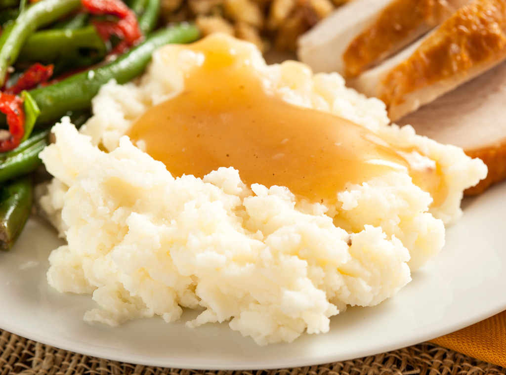 rs_1024x759-131125174720-1024.Mashed-Potatoes-and-Gravy-Thanksgiving-Sides.ms.112513